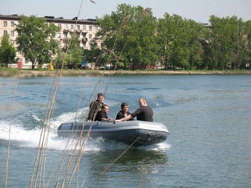Надувная лодка Флагман 420
